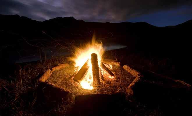 Consulter le site internet du département de la conservation (DOC) pour connaitre l'emplacement des campings du parc.