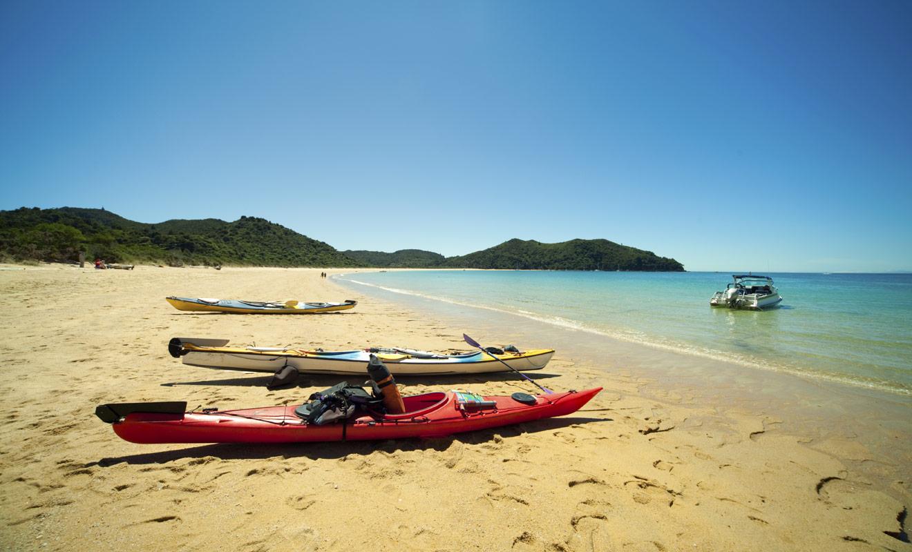 Personne ne vous oblige à pratiquer le kayak en Nouvelle-Zélande et personne n'ira vous le reprocher par la suite. Mais si vous souhaitez approcher des espèces animales dans des réserves (comme celle de Tonga Island), il faudra envisager une sortie en kayak.