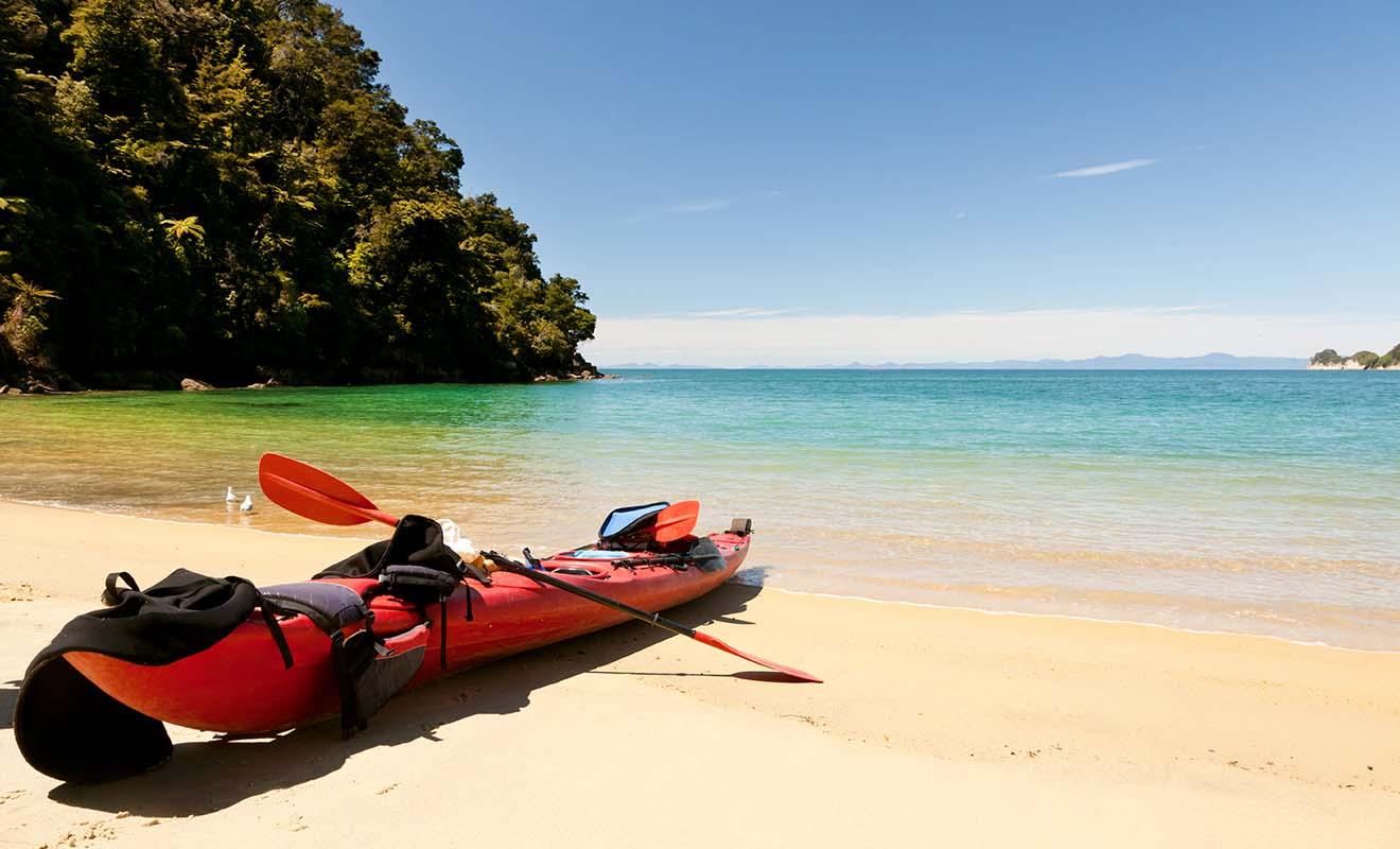 Vous pourrez profiter des parcs nationaux tranquillement en dehors de la haute saison, notamment pour faire du kayak comme à Abel Tasman.