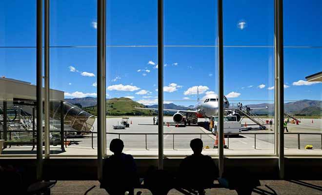 Pour éviter de refaire le même itinéraire que lors de votre précédent voyage, vous pouvez avoir recours à l'avion pour gagner du temps.