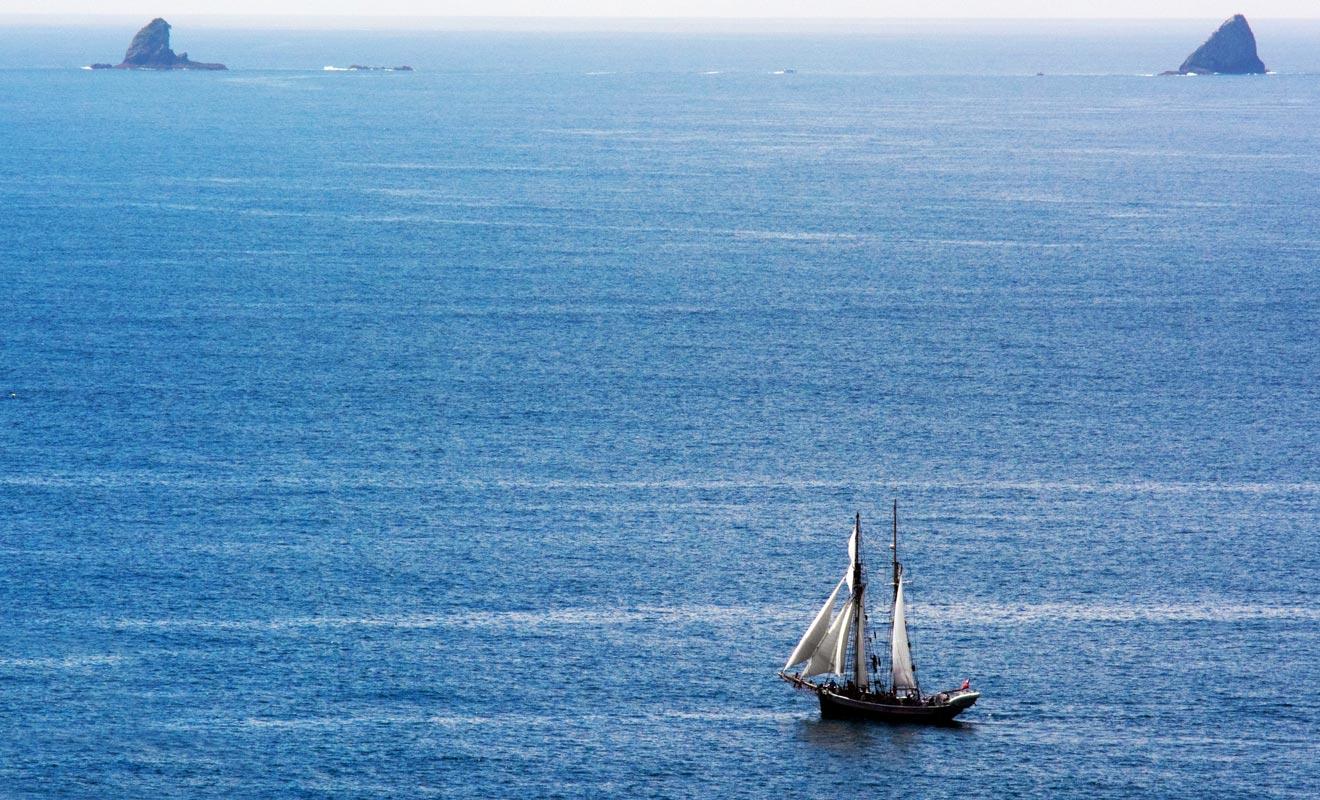 Pour gagner la Nouvelle-Zélande il fallait naviguer près de quatre mois au départ de l'Europe. De nombreux marins n'y survivaient pas.