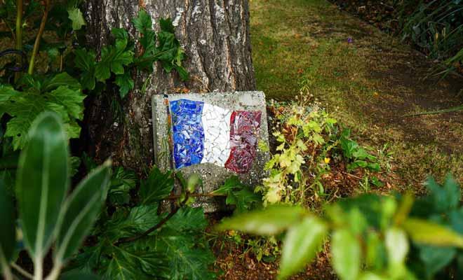 On rencontre souvent des symboles français comme des drapeaux quand l'on se promène dans les environs d'Akaroa.