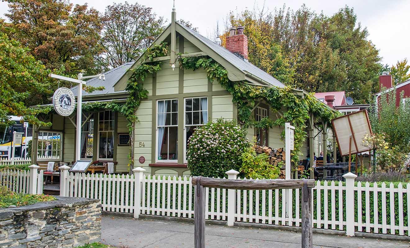 Le restaurant Postmaster est installé dans l'ancien bureau de poste du village.