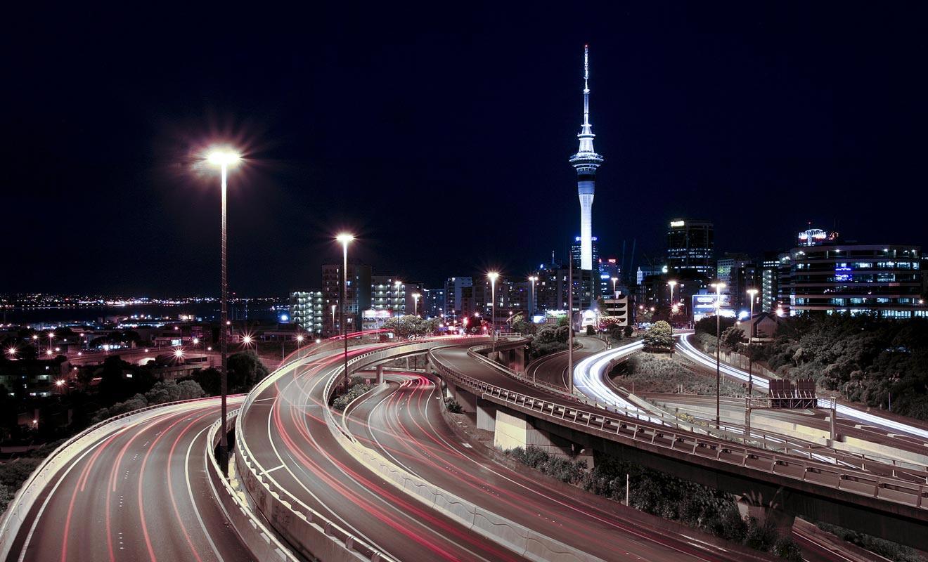 On peine à imaginer Auckland sans sa célèbre Sky Tower. La tour ne date pourtant que de 1997. Il faut dire que la ville s'est considérablement transformée depuis une vingtaine d'années. Et ce n'est pas fini.