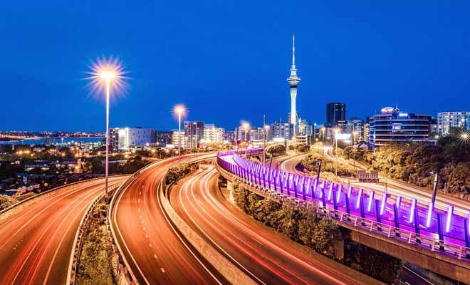 Mis à part aux heures de pointe, les grandes villes néo-zélandaises ne connaissent pas les bouchons et vous pourrez circuler rapidement pour rejoindre votre hôtel.