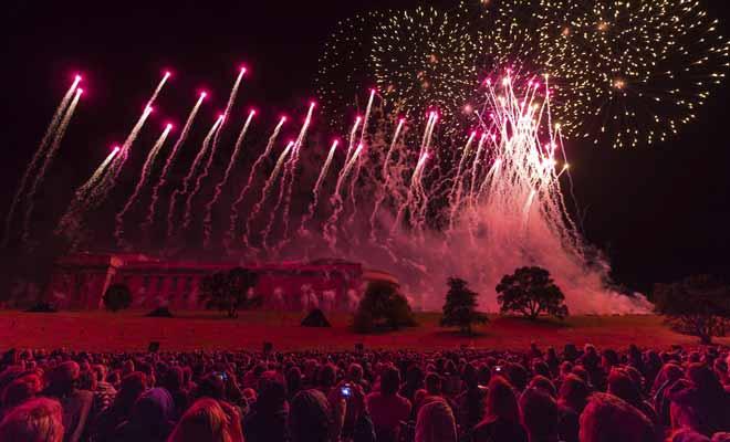 Les grandes villes du pays accueillent les principaux festivals et la vie culturelle y est plus riche. Vous aurez peut-être la chance d'assister à un grand feu d'artifice du Nouvel An.