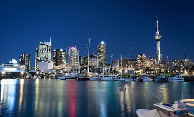 L'économie prospère de la Nouvelle-Zélande attire de plus en plus d'immigrés, surtout asiatiques, australiens et anglais.