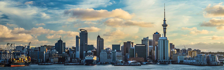 La ville d'Auckland se trouve dans la région du même nom sur l'île du Nord.