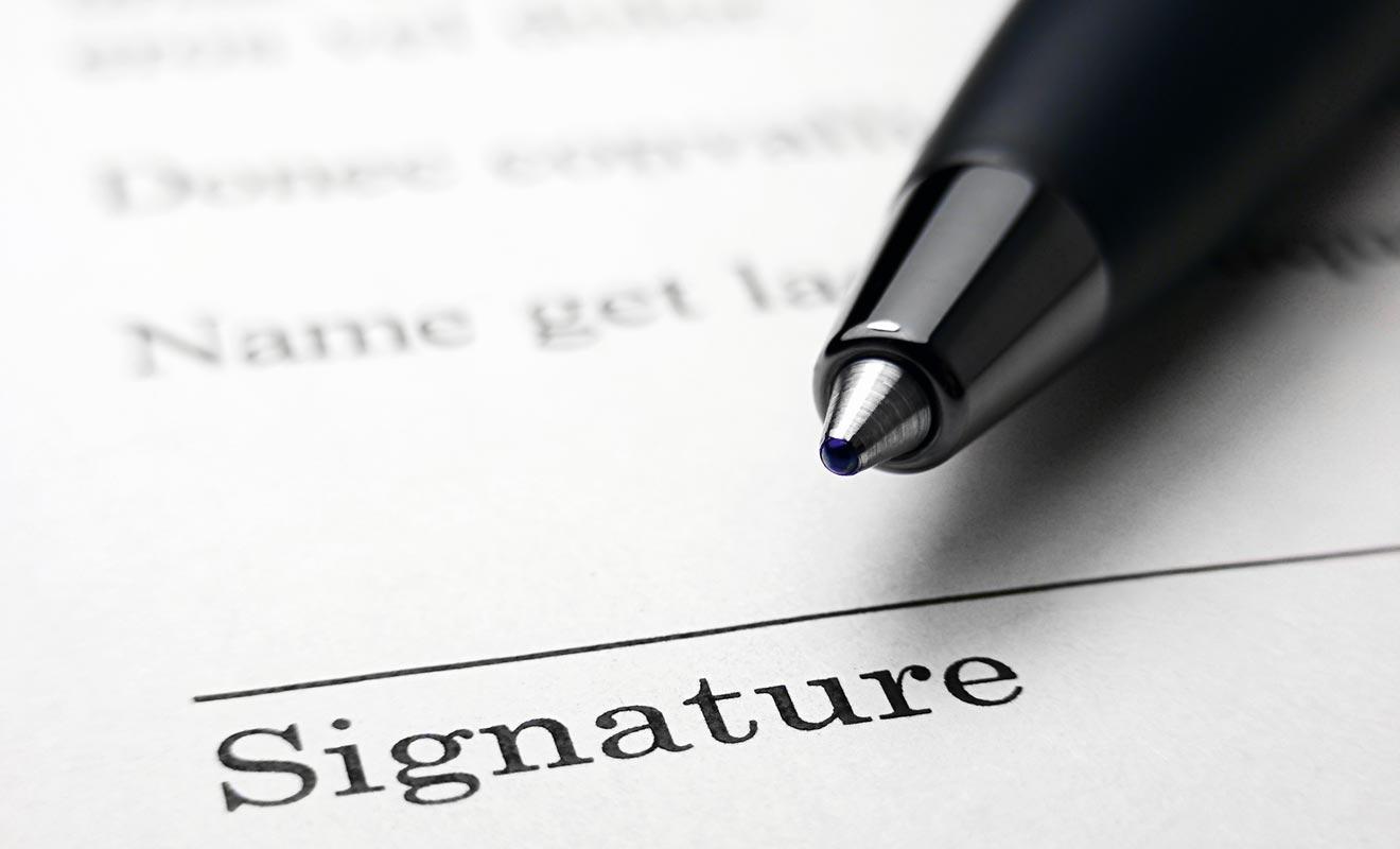 Comme toujours avant de signer un contrat et de vous engager, il est recommandé de lire soigneusement les termes.