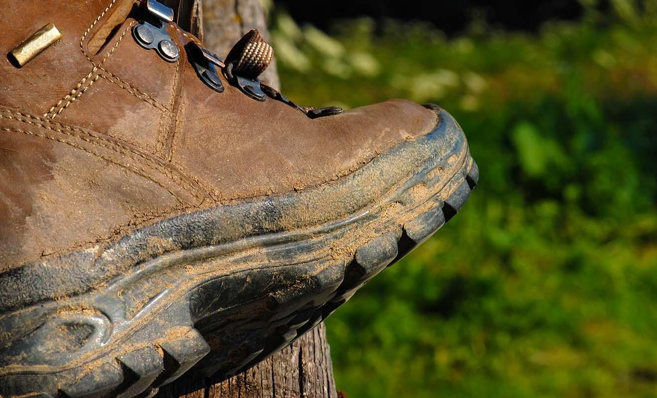Vous devez nettoyer votre matériel de camping, ce qui inclus les chaussures de randonnées !