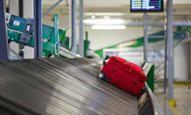 Après avoir récupéré vos bagages, vous devrez encore vous soumettre aux contrôles de la biosécurité puis aux services de l'immigration.