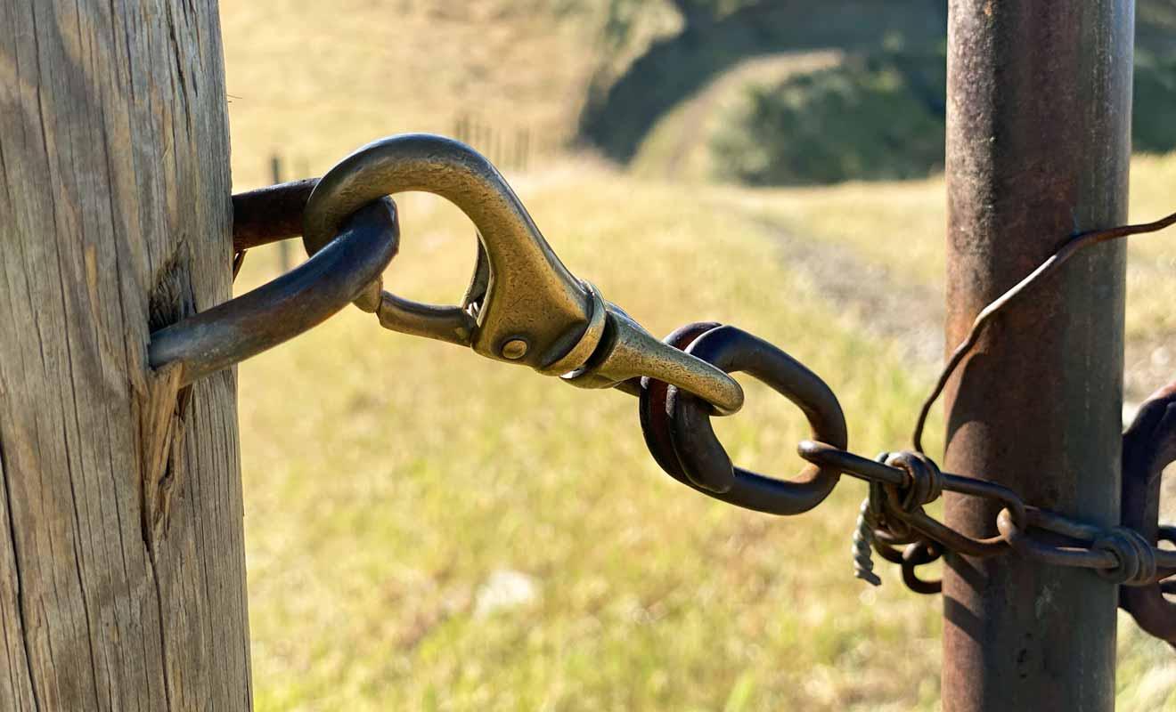 Wither Hills appartient à une ferme privée, et les randonneurs doivent suivre les consignes.