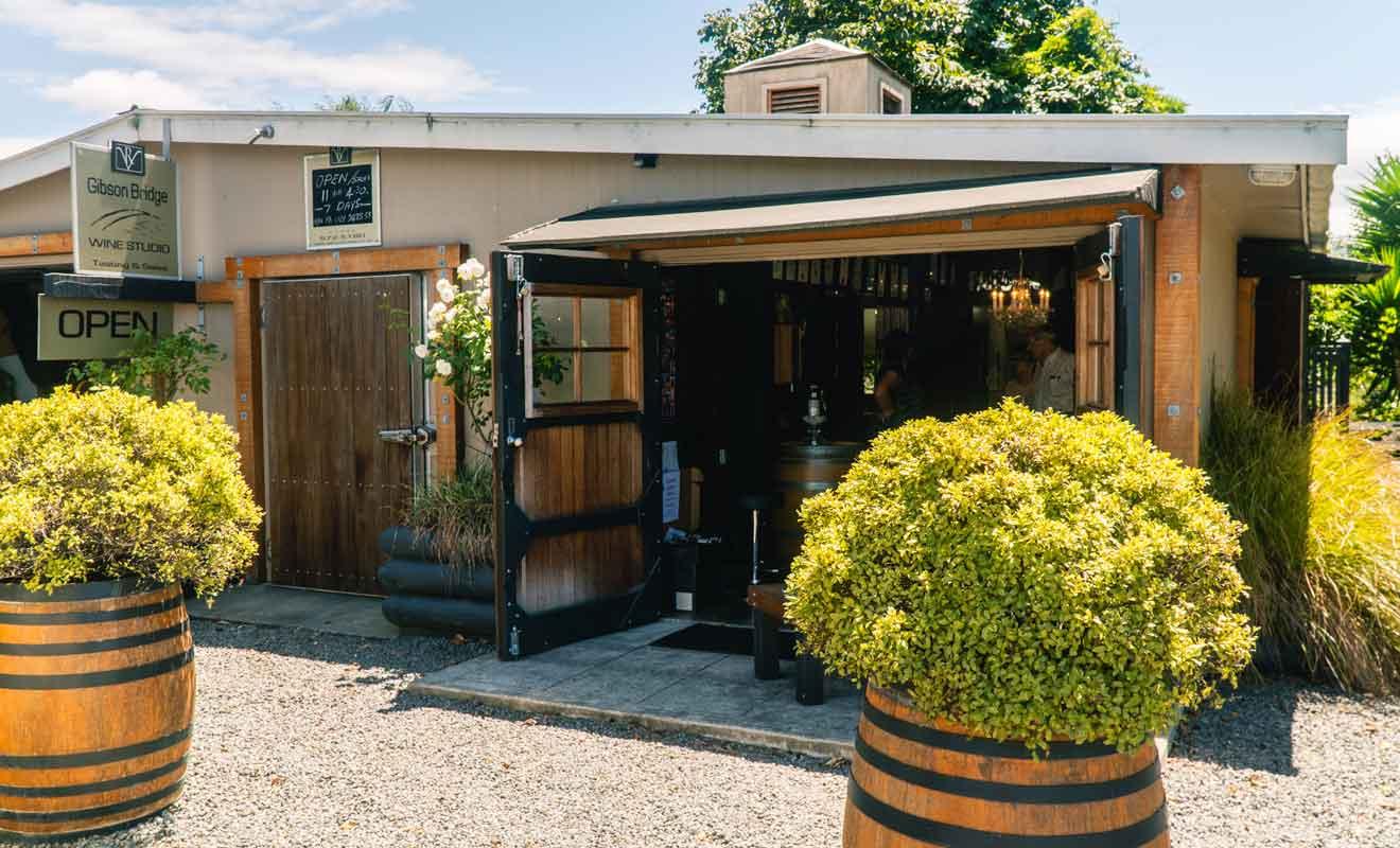 Il suffit de se présenter à l'accueil pour être agréablement reçu par les viticulteurs.