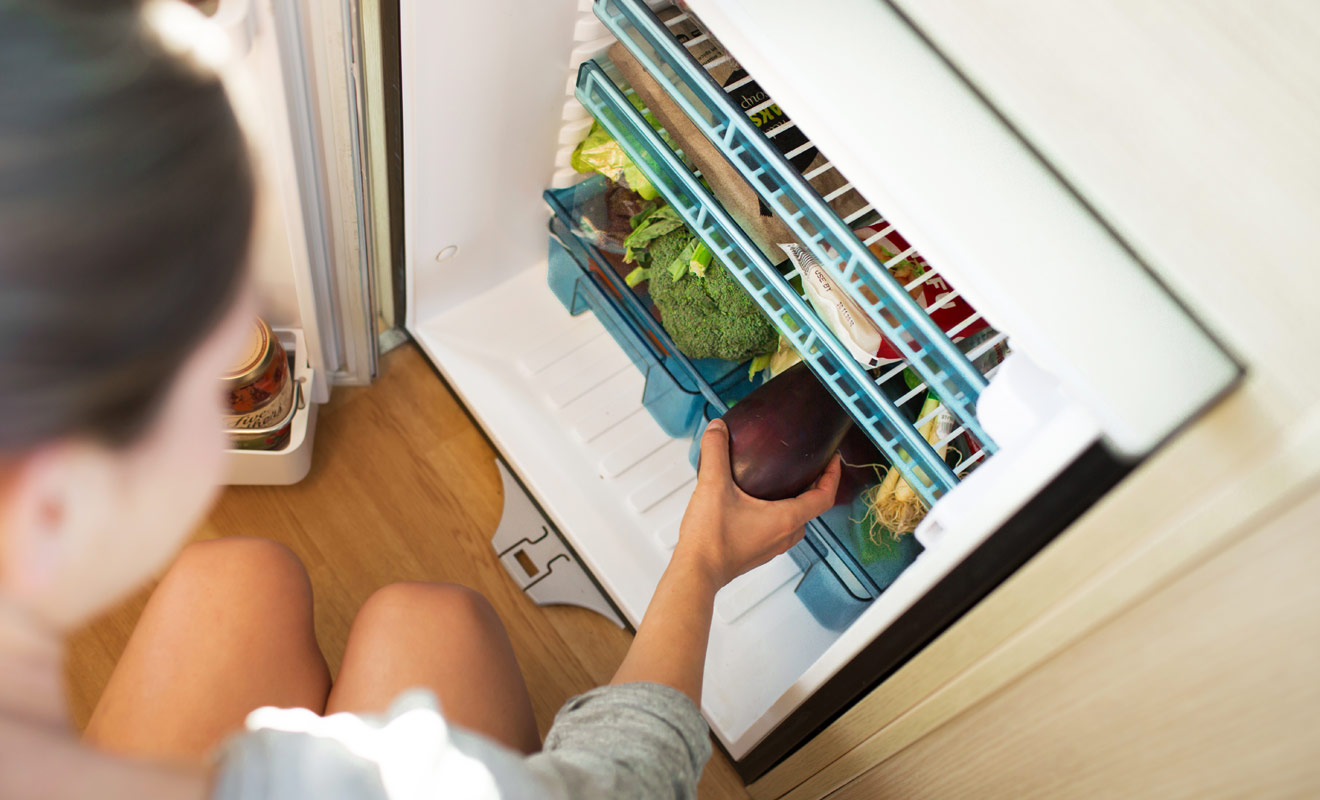 Kiwipal vous recommande de louer un camping-car équipé d'un réfrigérateur. Vous pourrez ainsi faire vos courses et cuisiner pour toute la famille sans vous ruiner au restaurant.