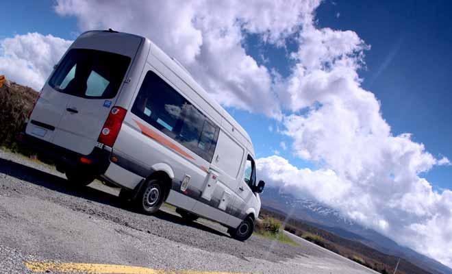 Le camping sauvage (que l'on appelle Freedom Camping en Nouvelle-Zélande) reste légal dans un grande partie du pays. En revanche, les zones très touristiques l'ont désormais banni.