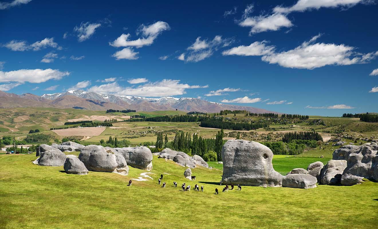 Les étranges formations rocheuses des Elephant Rocks méritent le détour et certains rochers peuvent s'escalader.