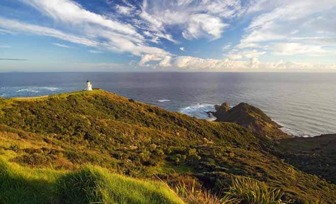 L'excursion au Cape Reinga occupe généralement une journée entière. Cependant, le trajet est bordé de paysages magnifiques et l'on peut même rouler sur la plage durant 90 kilomètres.