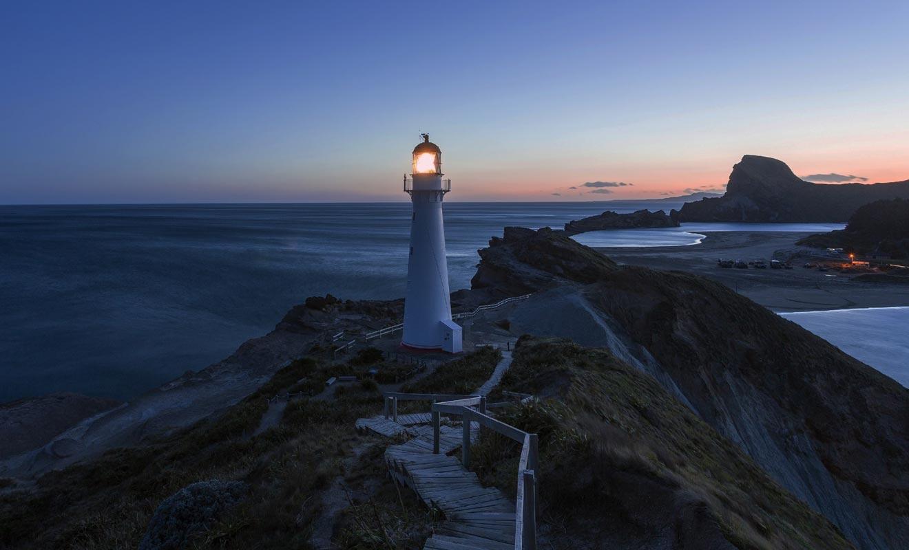 Le phare permet de signaler la présence de récifs aux navires en provenance d'Amérique du Sud.
