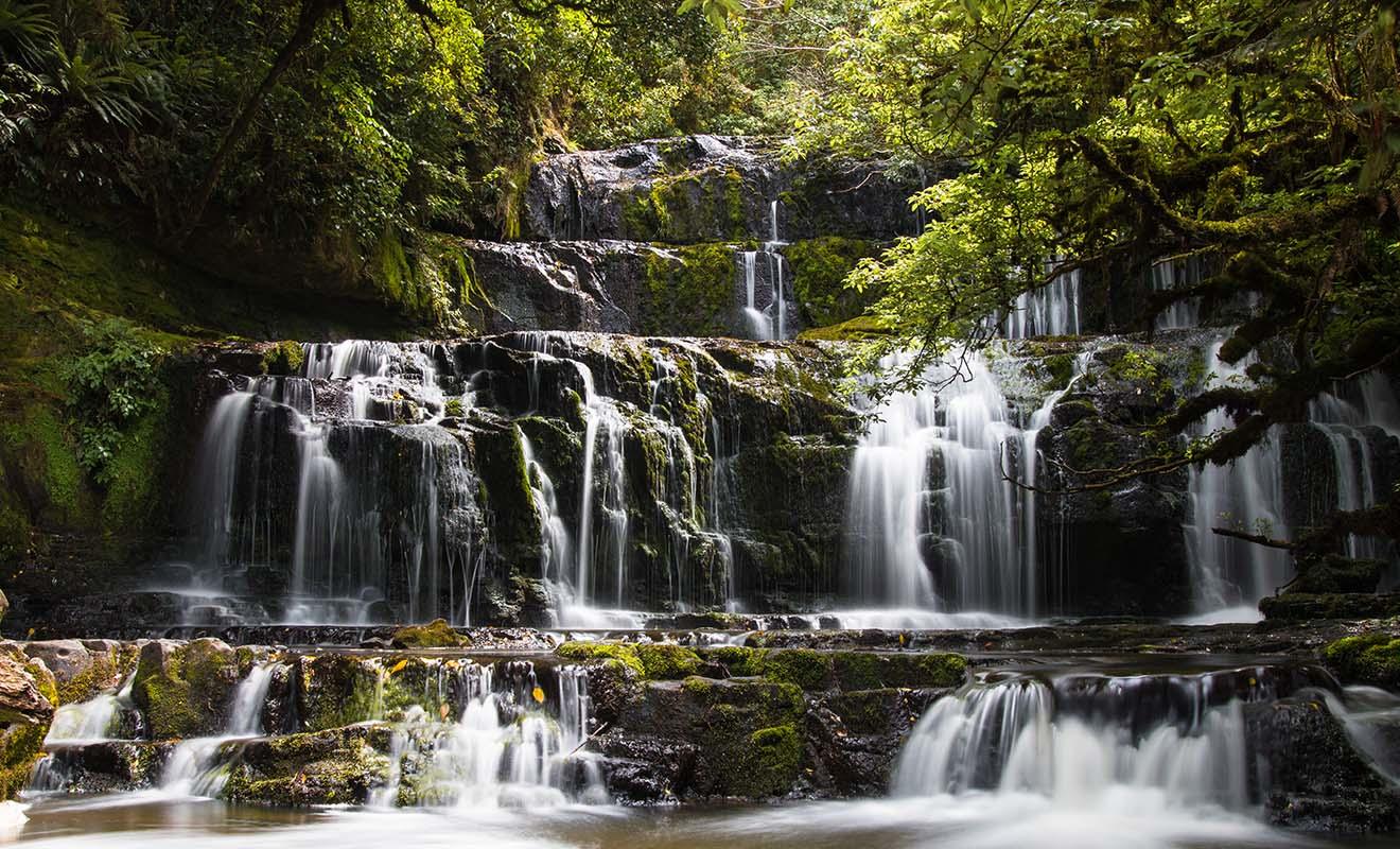 Le débit des Purakaunui Falls varie selon la saison et la quantité de pluie tombée.