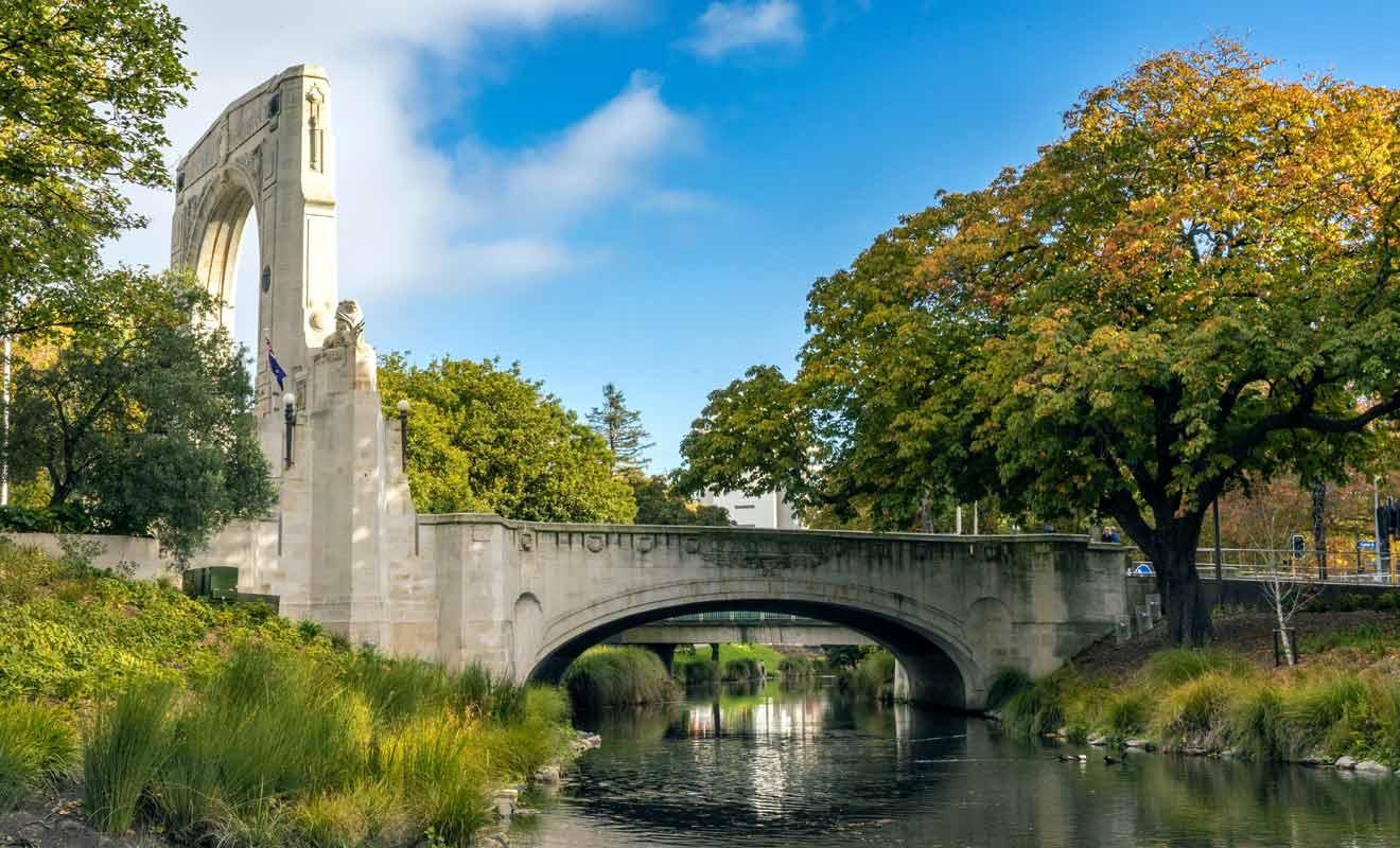 Connu jadis sous le nom de Strip, Oxford Terrace est le nouveau quartier à la mode de Christchurch.
