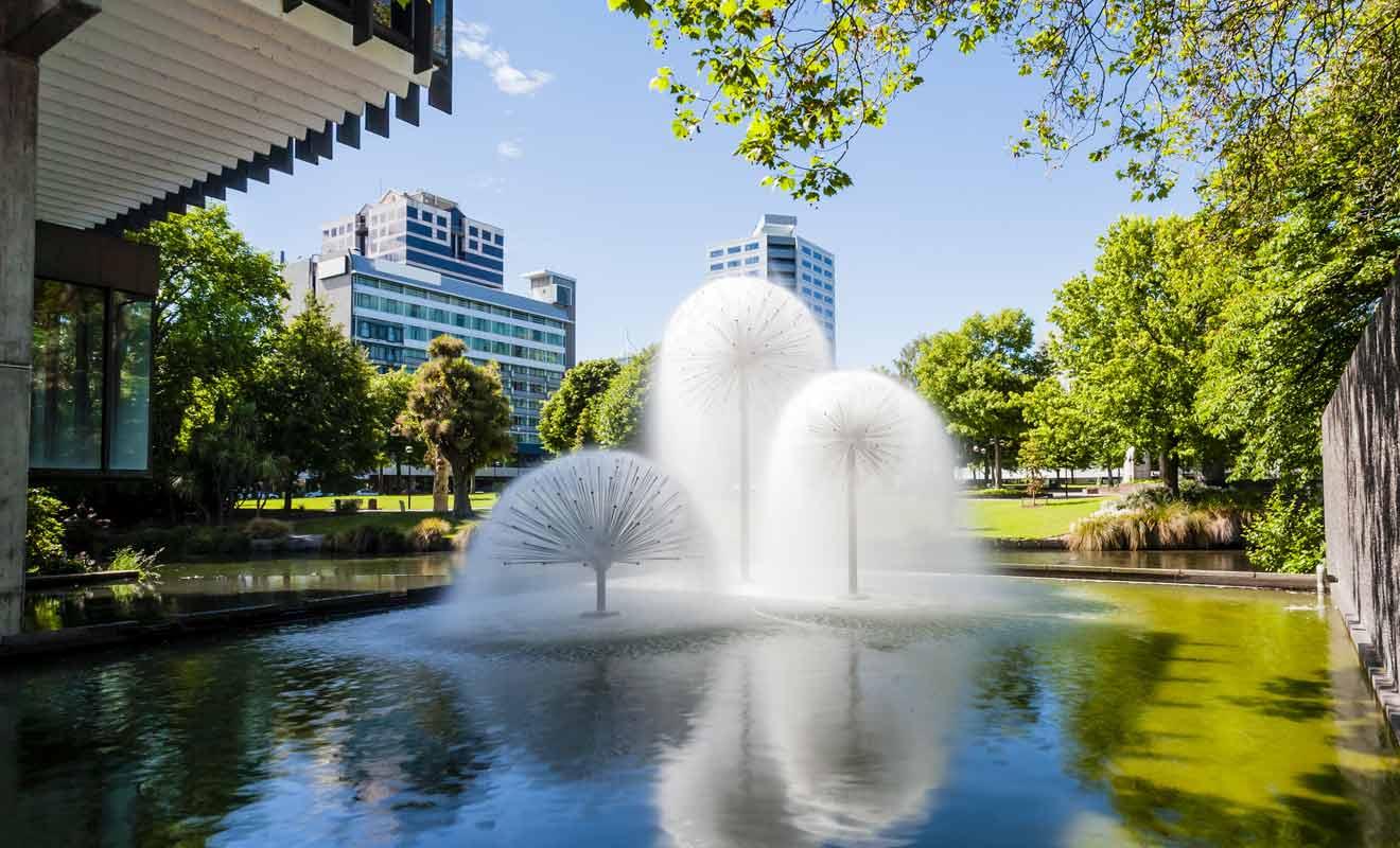Les jardins de Christchurch ont aussi fait l'objet de rénovations avec l'installation de nouvelles fontaines.