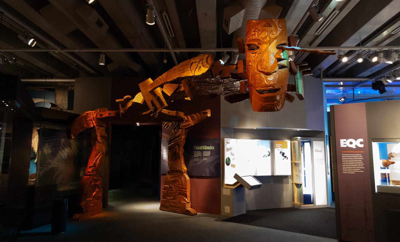 Les musées ne sont pas une étape obligatoire de chaque voyage en Nouvelle-Zélande. Il serait toutefois dommage de faire l'impasse sur tous les musées, d'autant que les meilleurs comme le Te Papa sont parfois gratuits.