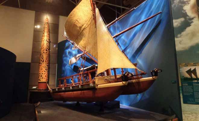 Pour découvrir l'Histoire du pays, depuis ses origines volcaniques en passant par les arrivées successives des Maoris et des colons anglais, il est recommandé de visiter au moins un musée durant son séjour en Nouvelle-Zélande.