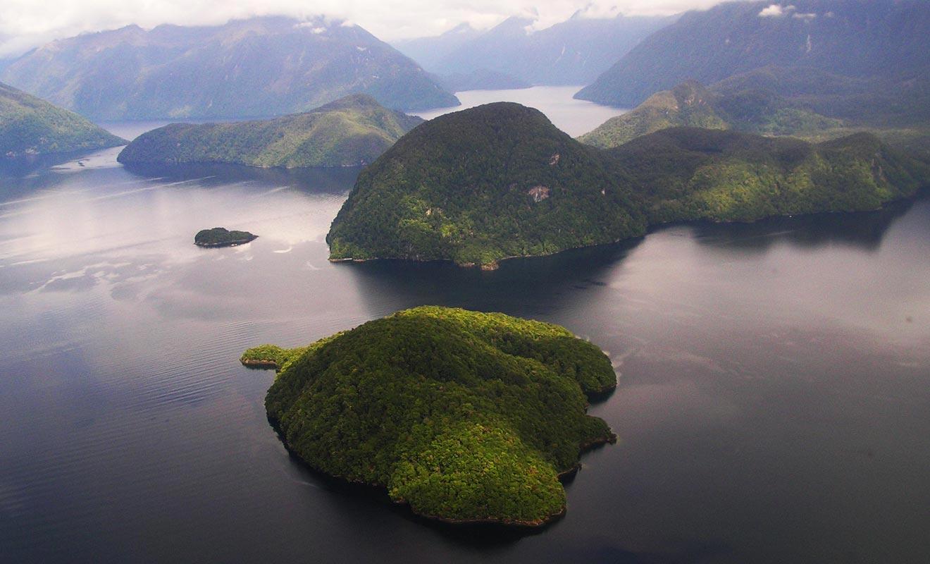 La région était autrefois recouverte de glaciers. Contrairement à son nom, le Doubtful n'est pas un Sound mais un Fjord.