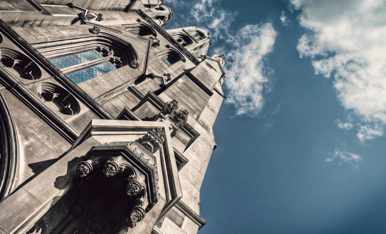 Dunedin possède la plus belle architecture du pays. Il suffit de contempler la cathédrale pour le constater.