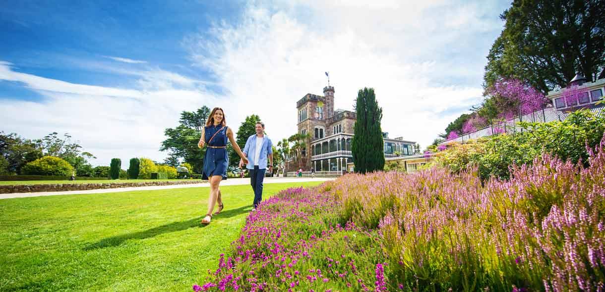 Dunedin est la ville universitaire de Nouvelle-Zélande,fondée par des Écossais.