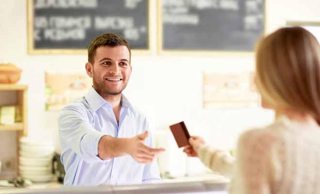 Travailler durant un Programme Vacances Travail sert non seulement à gagne de l'argent, mais surtout à acquérir de l'expérience et de l'aisance dans la pratique de la langue au quotidien.