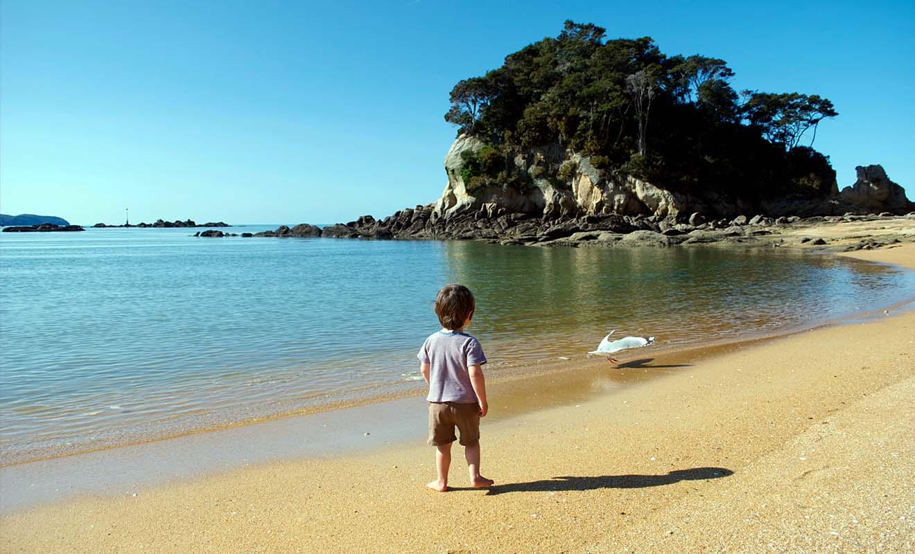 L'altitude peut nuire à la santé de votre enfant, alors il vaut mieux aller à la plage qu'à la montagne.