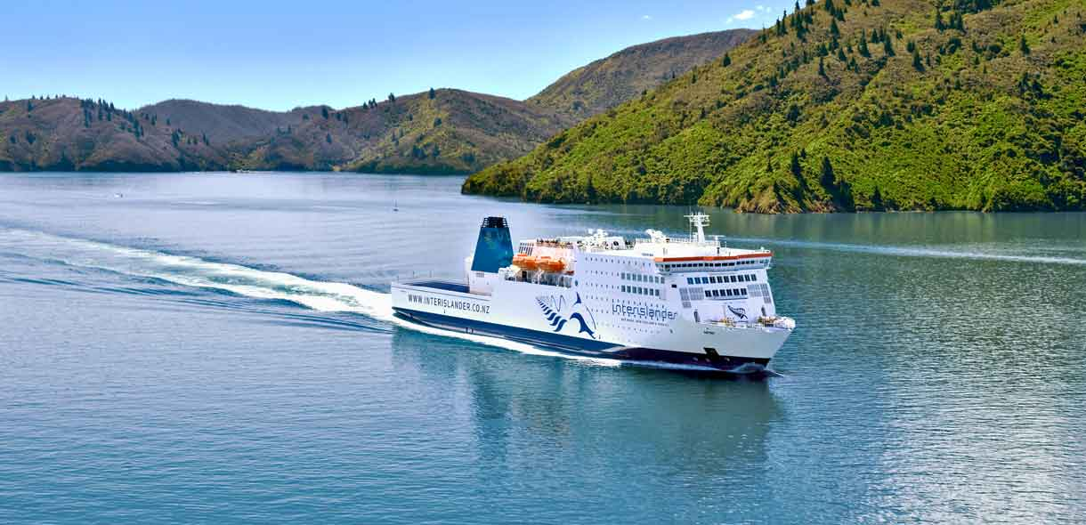 Réservez vos places à bord du ferry en Nouvelle-Zélande.