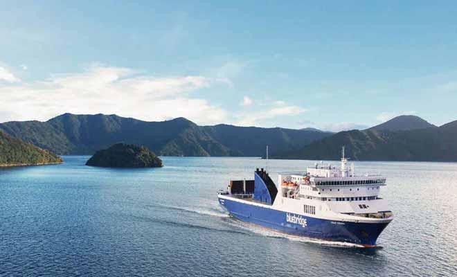 Si vous devez naviguer avec la compagnie Bluebridge, essayez de choisir le ferry Straitsman qui est à la fois le plus rapide et le plus moderne.