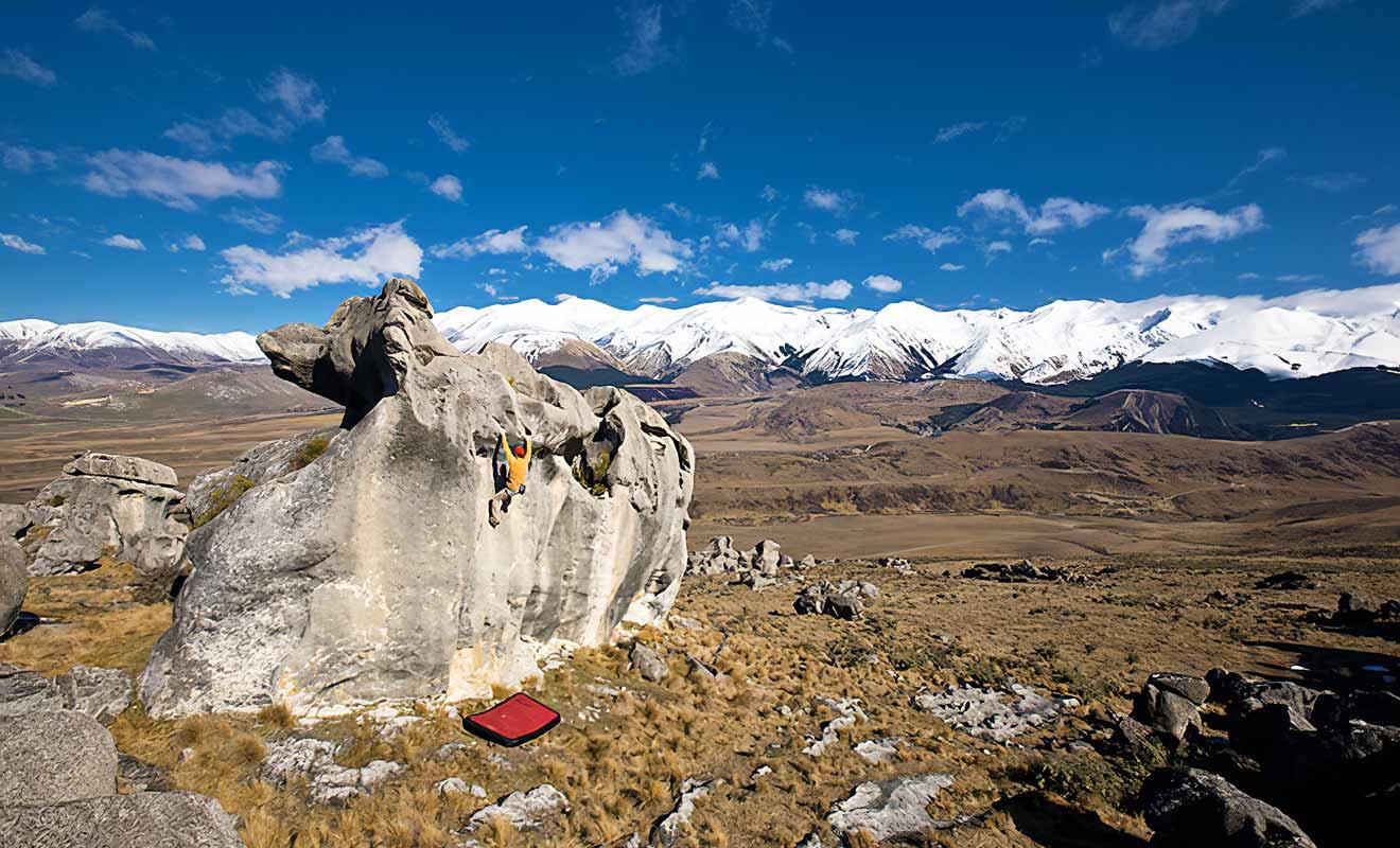 La variété des rochers avec leurs formes étranges fait le bonheur des passionnés d'escalade.