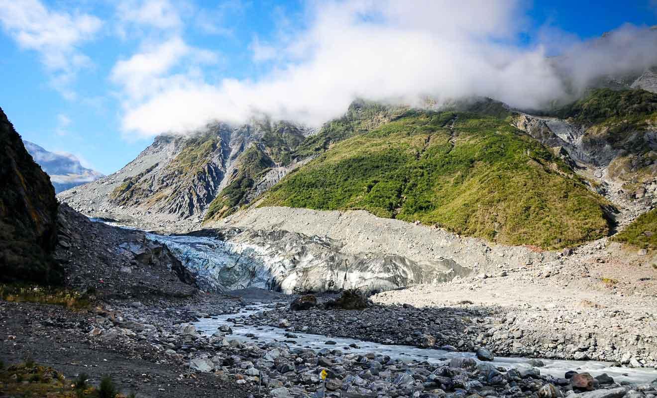 La région des glaciers Fox et Franz Jospeh se trouve à 2h30 de route.
