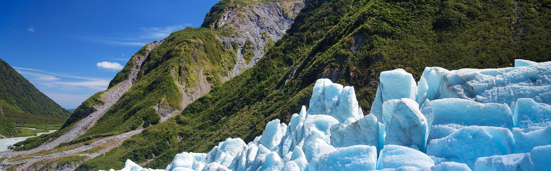 Le Fox Glacier est situé dans le parc national de Westland Tai Poutini, sur l'île du Sud (région de la West Coast).