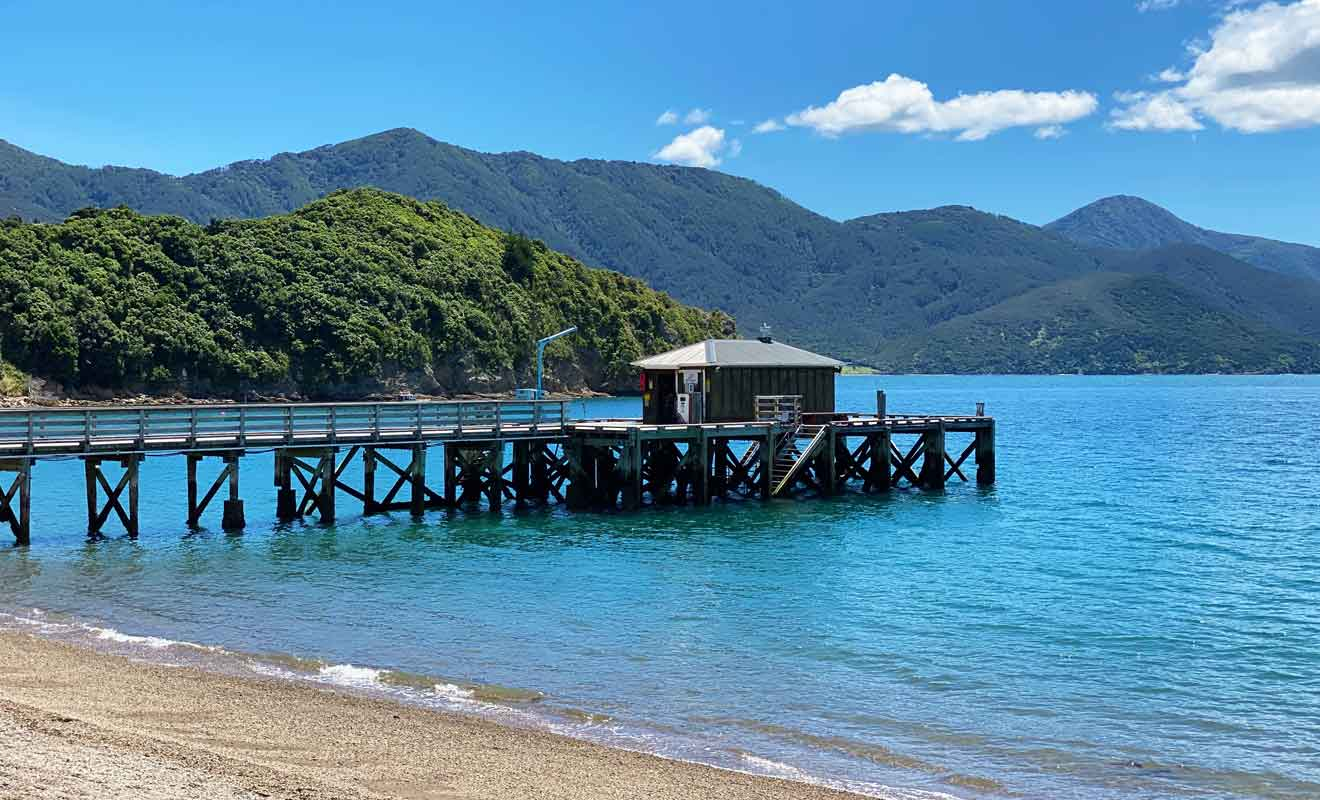 La plage du village de French Pass est l'une des plus paradisiaques de Nouvelle-Zélande.