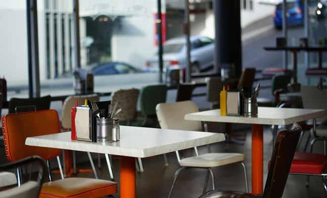 Avec sa décoration typiquement montréalaise, Al's Deli sert la poutine comme au Canada. Si vous avez le mal du pays ou que vous souhaitez retrouver l'atmosphère de la Belle province, c'est une adresse incontournable à Auckland.