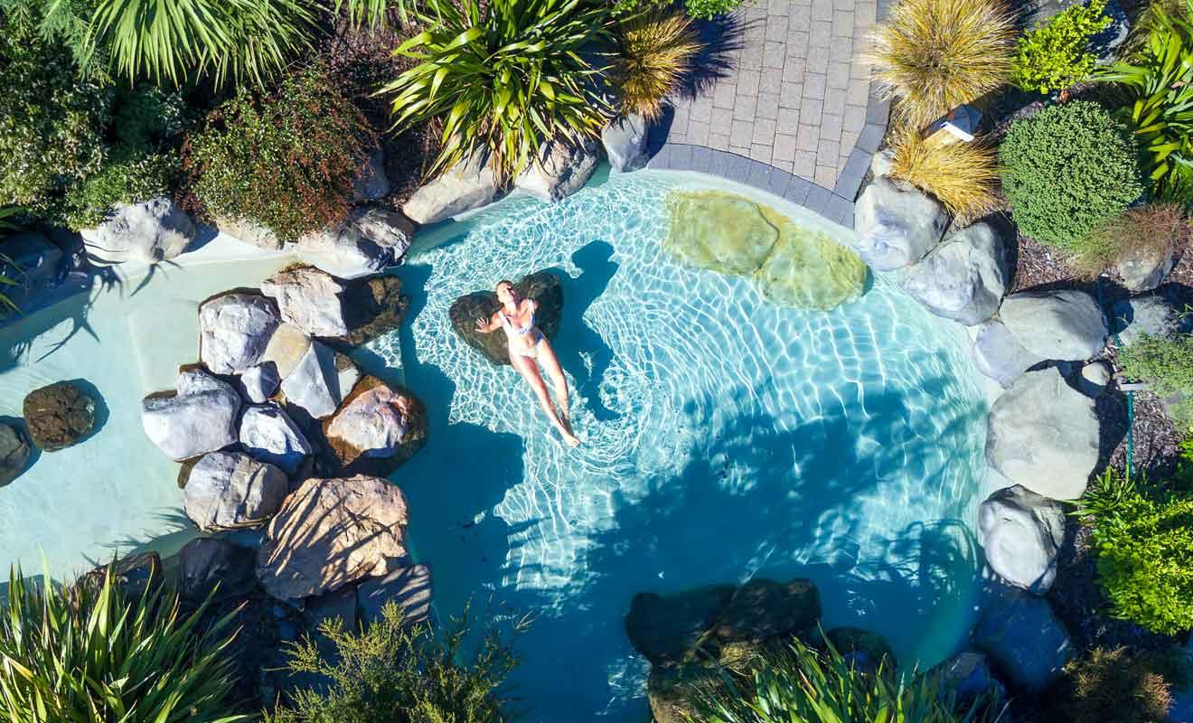 Vous avez l'embarras du choix pour vous baigner avec des piscines à différentes températures.