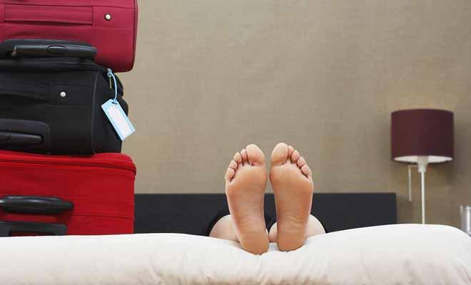 Pour vivre une année à l'étranger, il ne faut pas négliger un minimum de confort. L'exercice de petits boulots physiques (cueillette des fruits par exemple) exige d'être en forme.