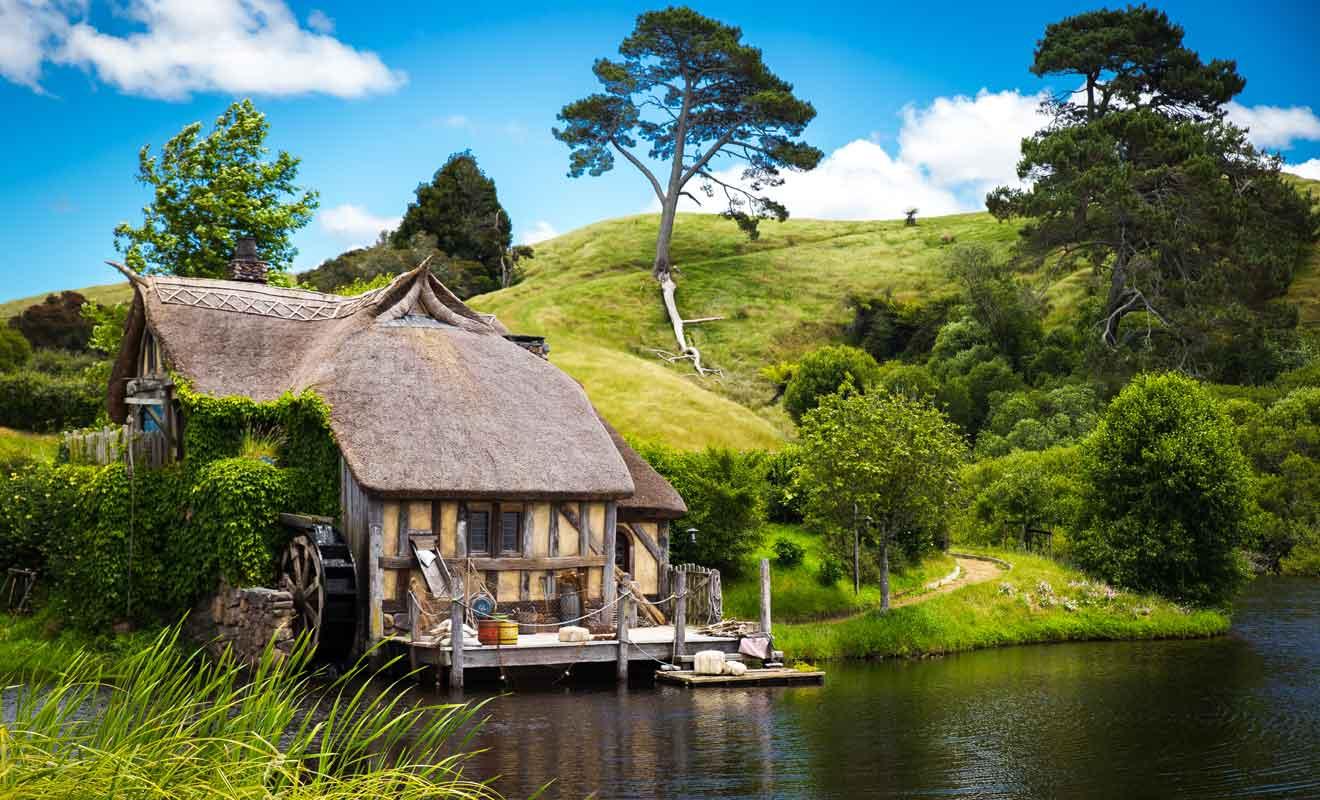 L'adaptation de l'univers de Tolkien a imposé la construction de nombreux décors.