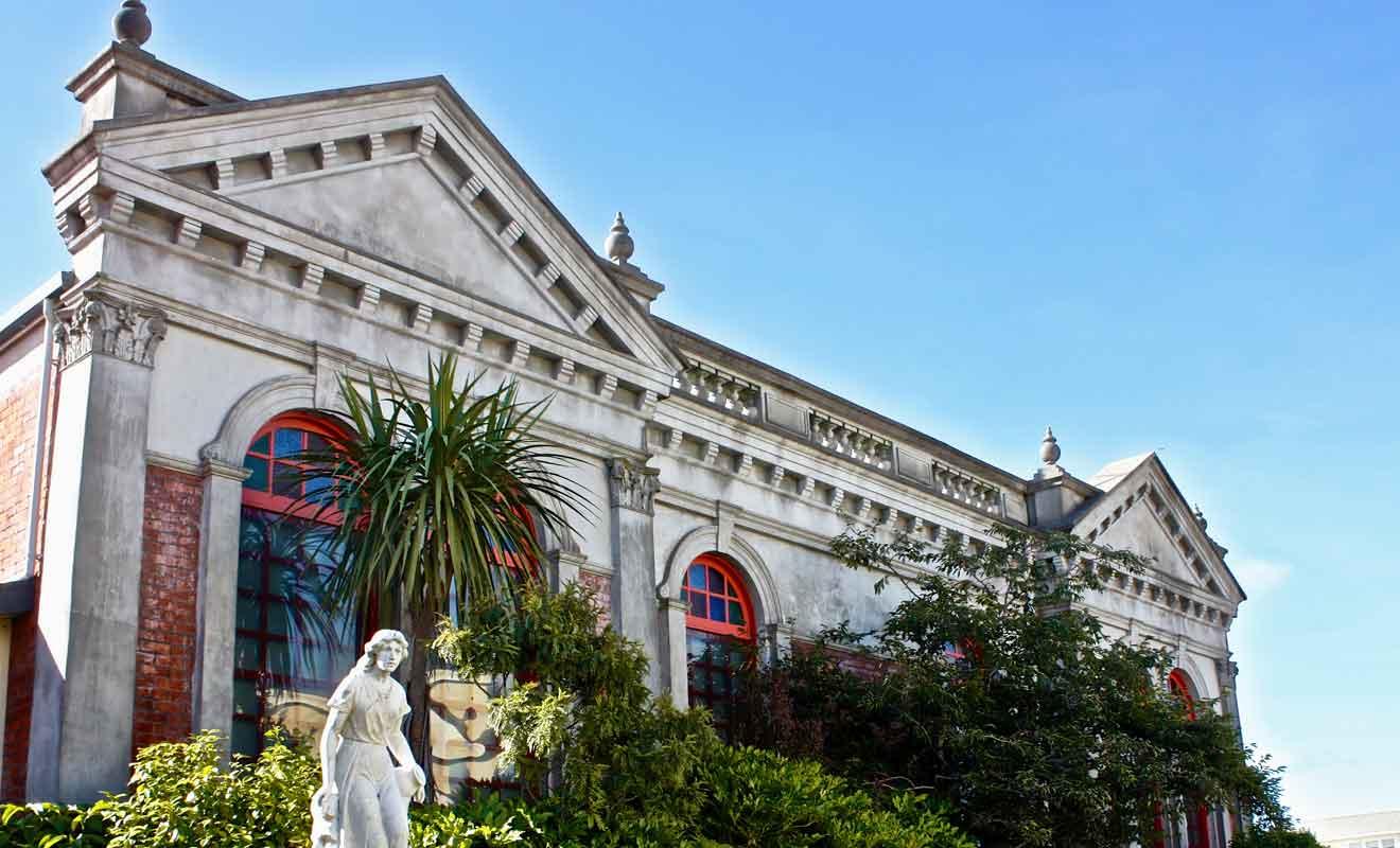Fragilisé par le séisme du Canterbury en 2011, le musée d'Hokitika ne reçoit plus de visiteurs.