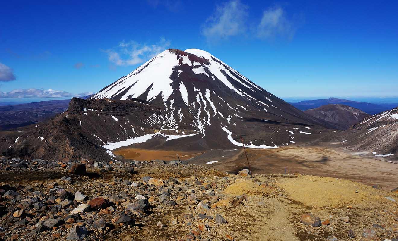 Pour tout fan du Seigneur des anneaux qui se respecte, le Tongariro Crossing (Mordor) est incontournable.