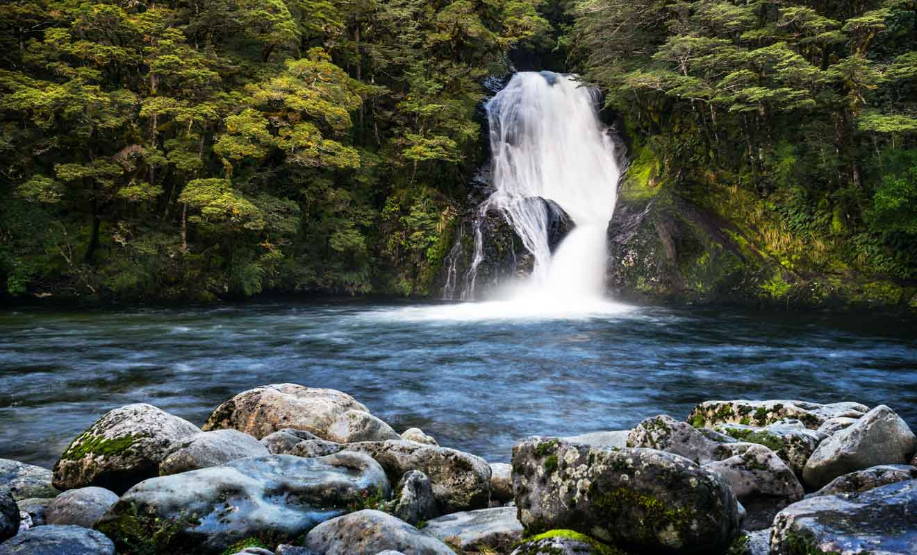 Comptez une vingtaine de minutes pour rejoindre la cascade.