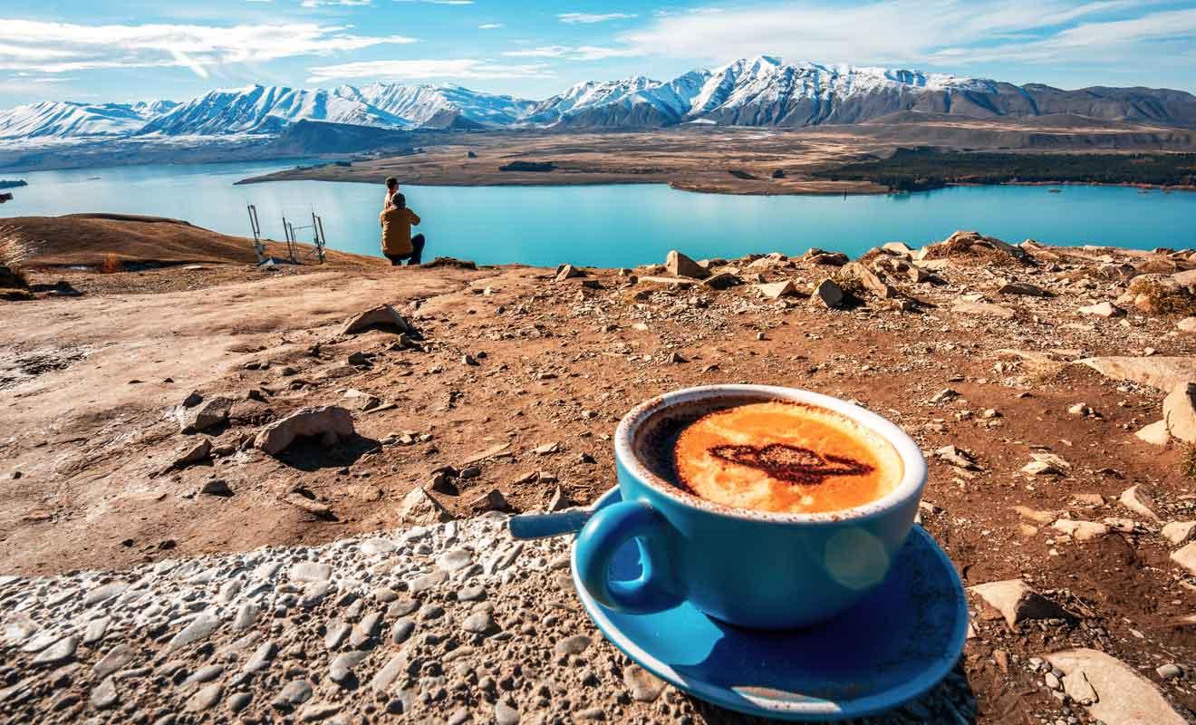 Profitez de l'Astro Cafe pour faire un pause au sommet.