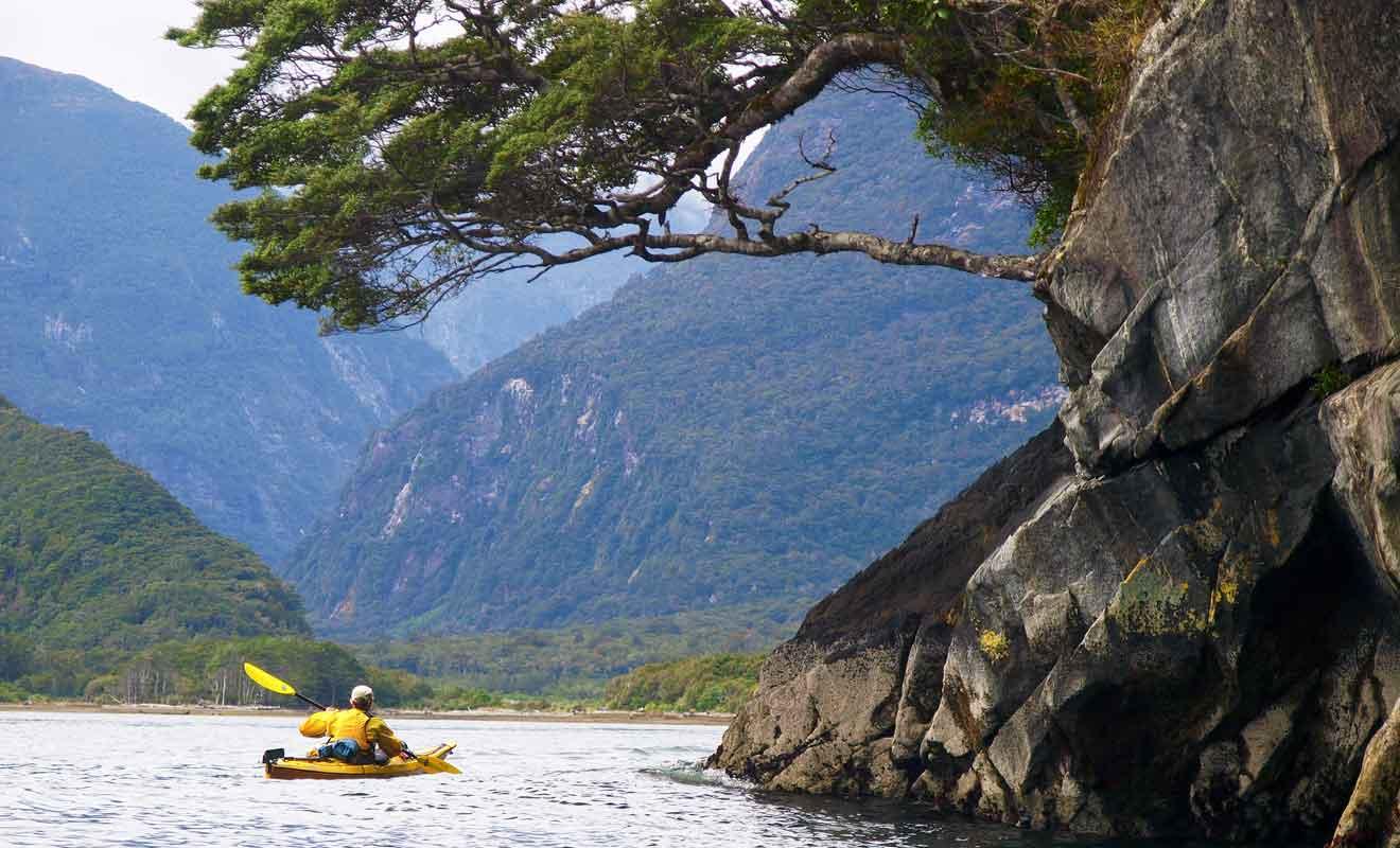 Naviguer au fil de l'eau procure des émotions plus fortes que sur le pont d'un navire de croisière en compagnie de dizaines de touristes.
