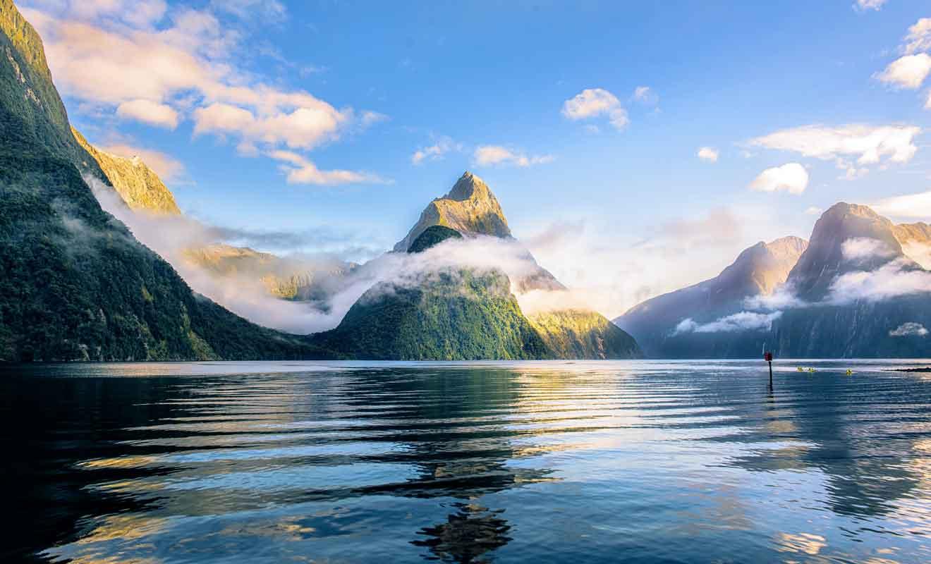 Le Milford Sound est le seul fjord qui soit accessible directement par la route.