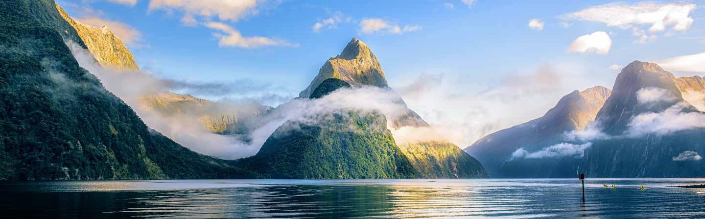 Le Mitre Peak est le sommet emblématique du Milford Sound.