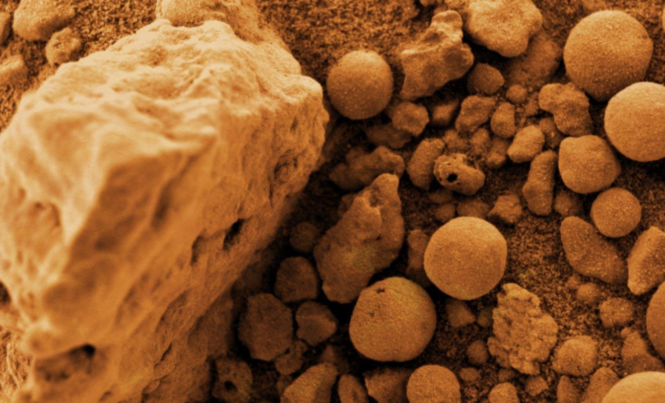 Les blueberry rocks que l'on a pu photographier sur la planète Mars ressemblent étrangement aux Moeraki Boulders.